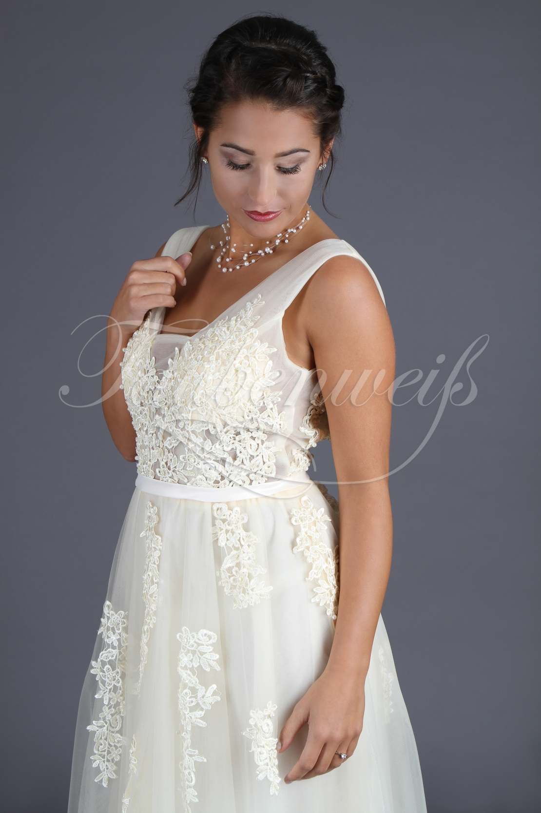 Wedding dress TW0110B 1
